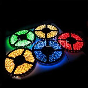 Multiples tiras LED de colores