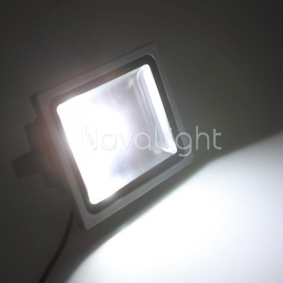 Reflector Led 30w Blanco Puro Novalight