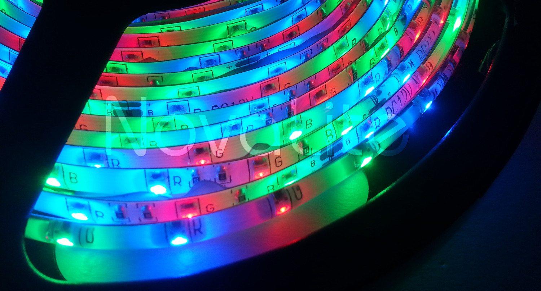Tira con 300 LED RGB 3528 Tonalidades