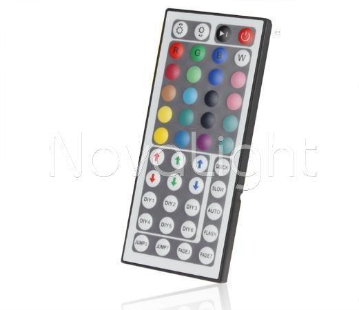 Controlador de 44 botones RGB incluido en el kit