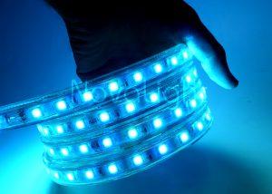 Manguera LED RGB genera miles de tonalidades de color en un solo chip 5050