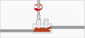 Para unir el cableado solo es necesario apretar los tornillos opresores
